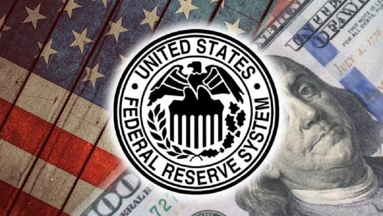 ФРС удерживает ставки почти на нулевом уровне и прогнозирует два возможных повышения ставок к концу 2023 года.
